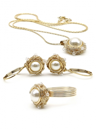 Sweet Cream set - pendant, ring and leverback earrings