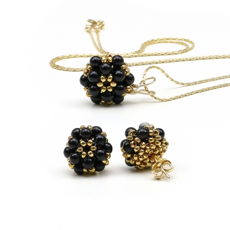 Daisies Mystic Black set - pendant and stud earrings