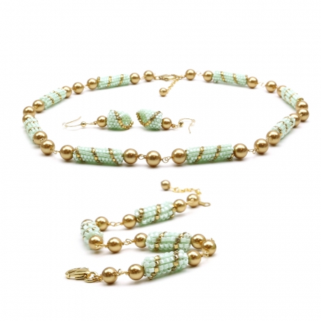Set for women - Necklace, bracelet and earrings - Handmade - Jade set