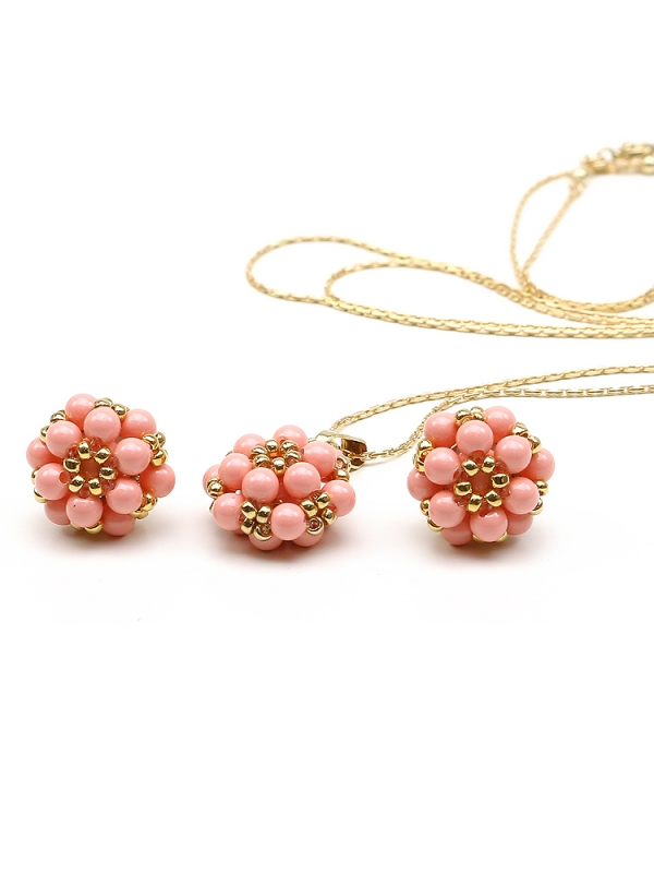 Daisies Pink Coral set - pendant and stud earrings