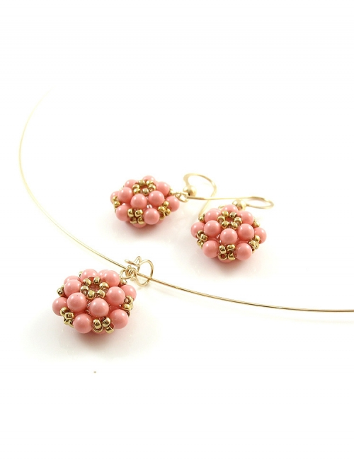 Daisies Pink Coral set - pendant and earrings