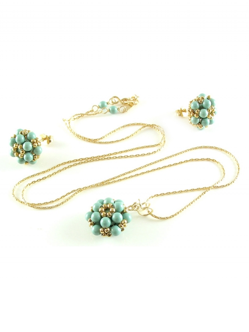 Daisies Jad set - pendant and earrings