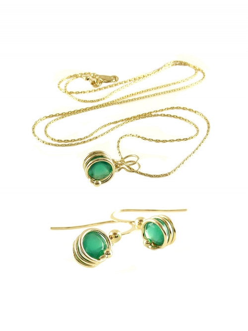 Busted Deluxe Green Onyx set - pendant and earrings