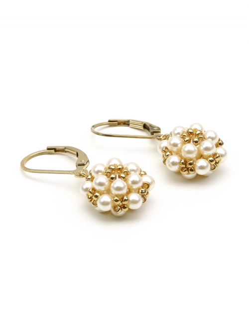 Daisies Creamrose Light - leverback earrings