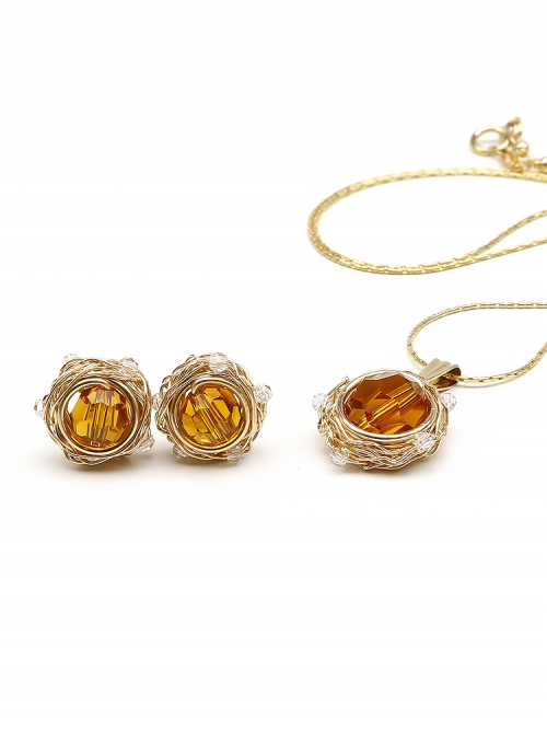 Sweet Topaz set - pendant and stud earrings