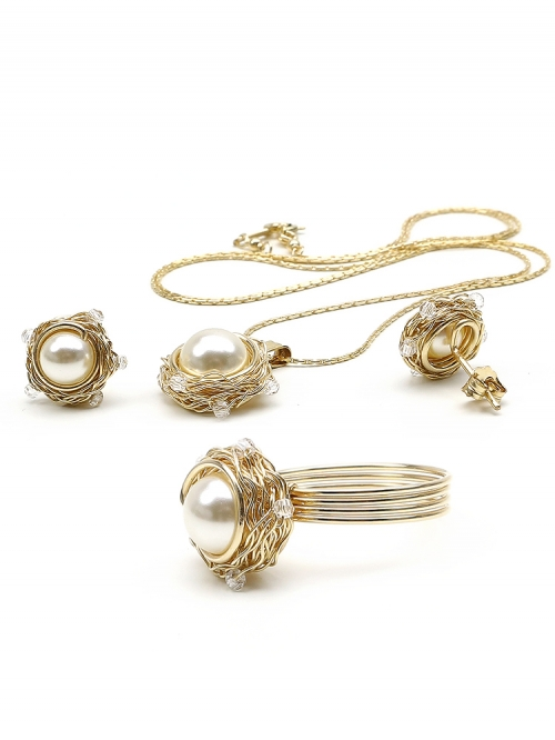 Sweet Cream set - pendant, stud earrings and ring