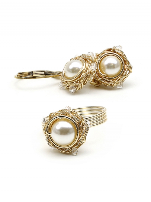 Sweet Cream set - ring and leverback earrings