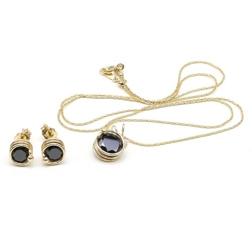 Busted Black set - pendant and stud earrings