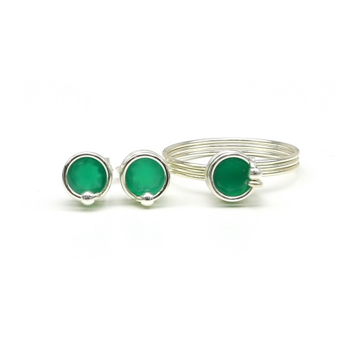 Busted Deluxe Green Onyx Ag925 set - ring and stud earrings