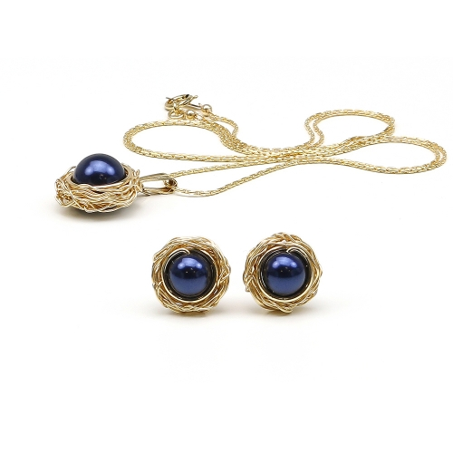 Sweet Abis set - pendant and stud earrings