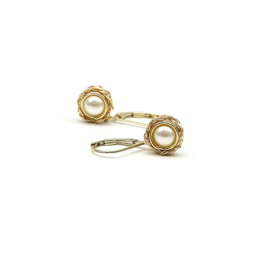 Leverback earrings with Swarovski pearls - for women - Sweet Cream