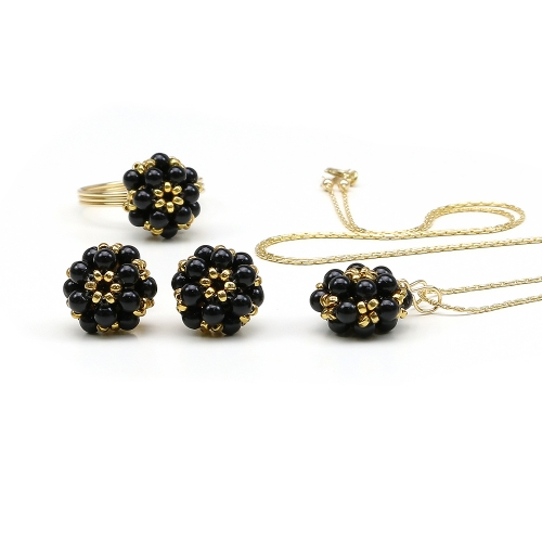 Set pendant, stud earrings and ring with Swarovski black, for women - pearls Daisies Mystic Black