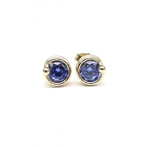 Stud earrings by Ichiban - Busted Tanzanite