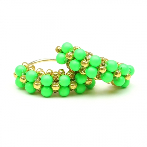 Earrings by Ichiban - Mini Diva Pearls Neon Green