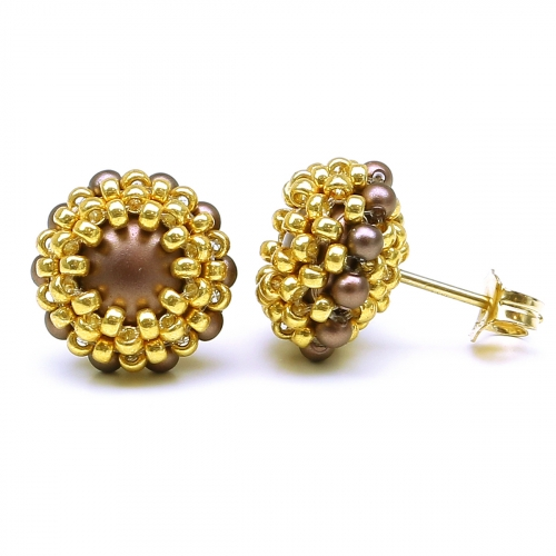 Stud earrings by Ichiban - Teeny Tiny Velvet Brown