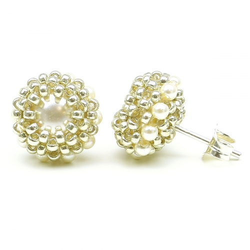 Stud earrings by Ichiban - Teeny Tiny Cream AG925