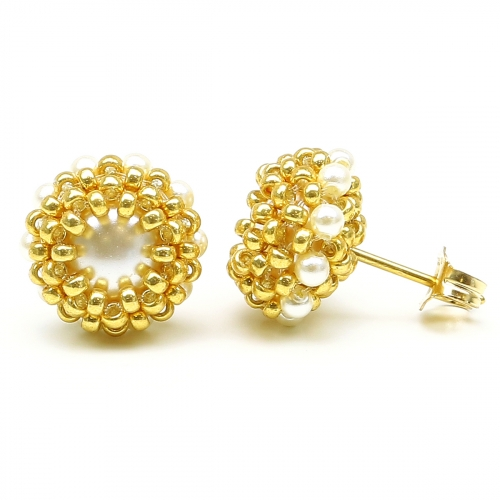 Stud earrings by Ichiban - Teeny Tiny Cream